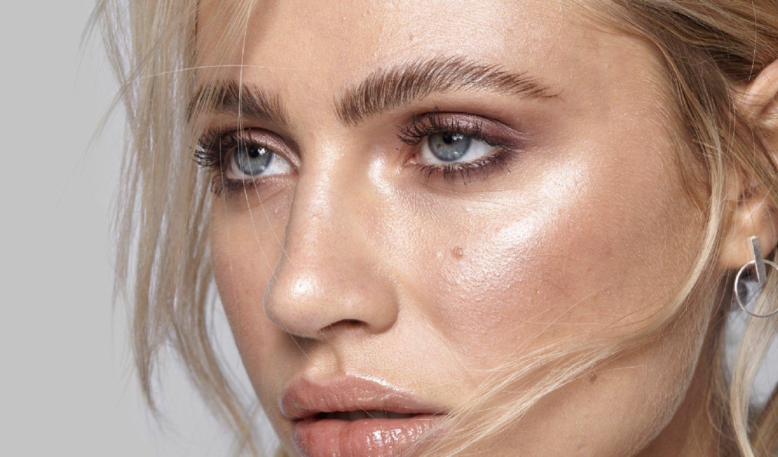 Brow lamination: sobrancelhas alinhadas e modernas